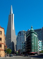 Downtown San Francisco with the Transamerica Pyramid. Photo by Graham Rogers (Rodge500), image (c) 2003 Graham Rogers